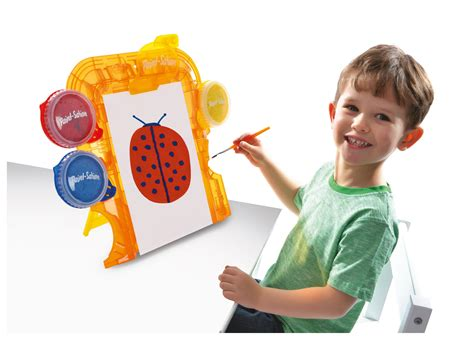 painting for toddlers free paint sation mess free paint easel co uk