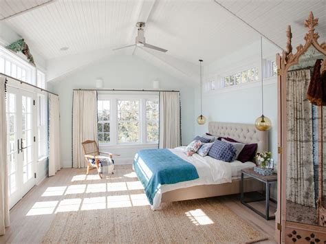 Pisces Bedroom by Pisces Design And Entertaining Tips Inspiration Hgtv S