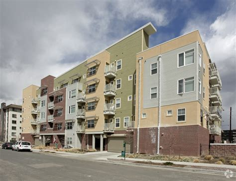 Apartments For Rent In Englewood Chicago Terraces On Pennsylvania Rentals Englewood Co
