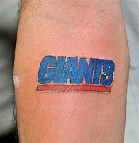 ny giants tattoo ny giants pictures to pin on tattooskid