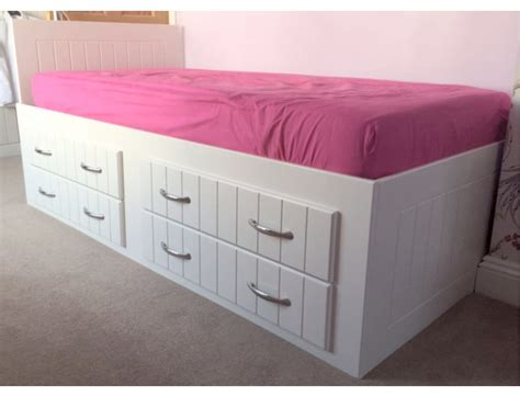 low cabin beds bespoke cabin beds childrens cabin beds