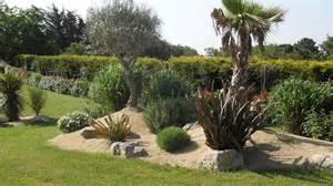 d 233 co jardin massif