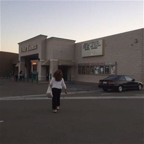 4 Cinema Garden Grove Ca by Starlight 4 Cinemas 71 Photos Cinemas 12111 Valley View St Garden Grove Ca United