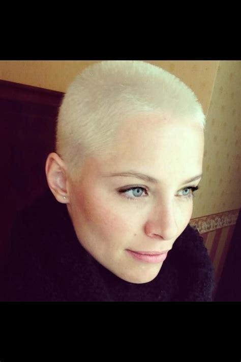 woman buzzcut short hair styles  short hair super