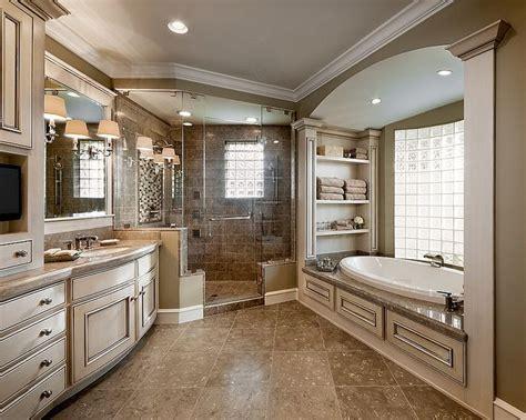 Best Master Bathroom Designs by Best 25 Master Bath Ideas On Master Bath