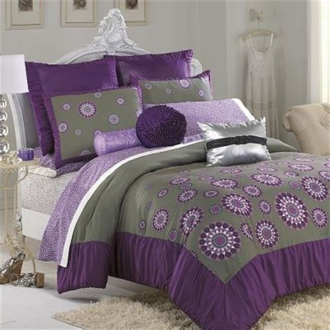 purple and olive green bedroom 17 best images about purple and green decor on pinterest