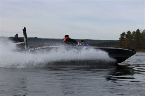 legend boats alpha 211 research 2012 legend alpha 211 on iboats