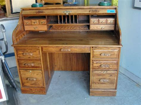 winners only oak roll top desk