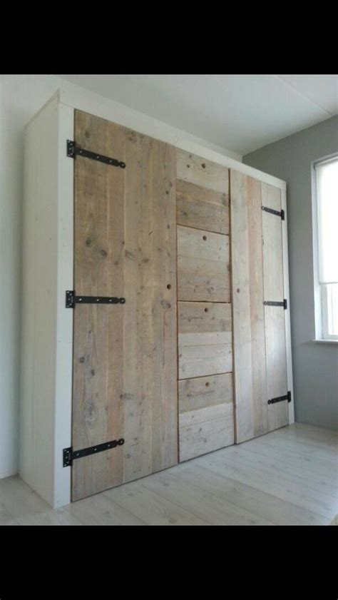 Diy Built In Wardrobe Doors - fitted bedroom furniture diy woodworking projects plans
