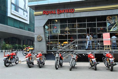 Sisket Nmax New Model royal enfield s new logo makes it to the bikes
