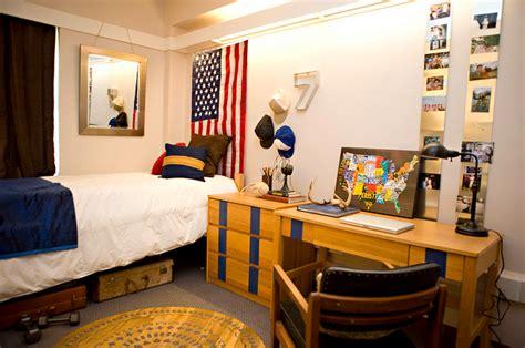 boys bedroom grad college dorm etc pinterest boys room ideas dorm pilotproject org