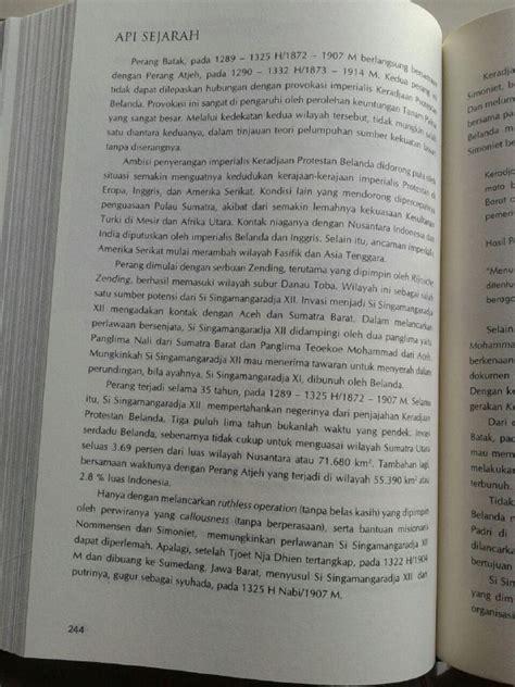 Buku Kitab Api Sejarah 2 buku api sejarah mahakarya perjuangan ulama dan santri set