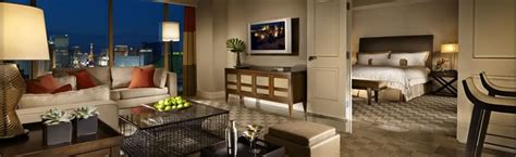 las vegas 2 bedroom suite deals las vegas mandalay bay 1 2 bedroom suite deals