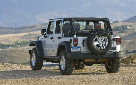 how do cars engines work 2007 jeep wrangler interior lighting 2007 jeep wrangler rubicon fleet update motor trend