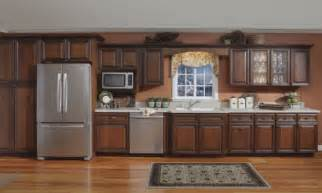 Crown Moulding Ideas For Kitchen Cabinets by Kitchen Cabinet Crown Molding Crown Molding For Kitchen
