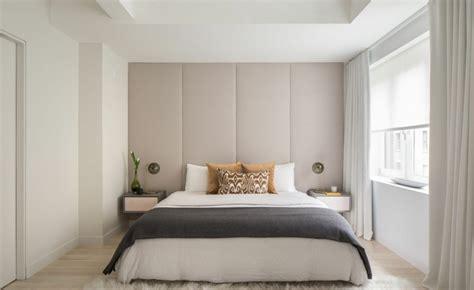 Tête de lit avec rangement pour une chambre plus organisée