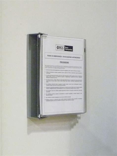 centro padana display a led per istituti credito sistemi espositivi per