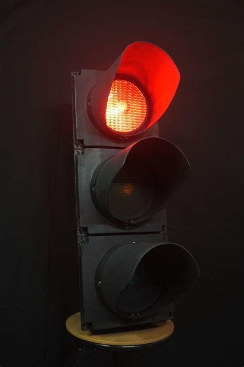 genuine full size london traffic light utilate