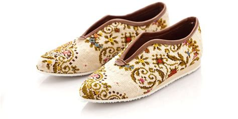 Sepatu All Bekas sepatu cantik yang terbuat dari barang bekas ideavolution