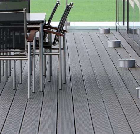 Balkon Fliesen Kunststoff 596 by Wpc Terrassendielen Bodenbelag F 252 R Terrasse Und Balkon