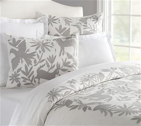 beautiful otomi embroidered duvet cover  bad pottery barn manufactured   china