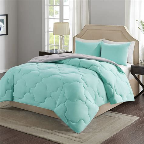 What Comes In A Comforter Set by 21 Pieces Of Bedding That Ll Make You Want To Stay In Bed