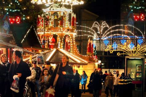 christmas lights in cardiff when the lights are turned on