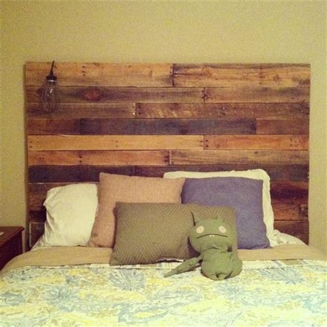 Diy Headboard Pallet by Diy Reclaimed Pallet Headboard Pallet Furniture Plans