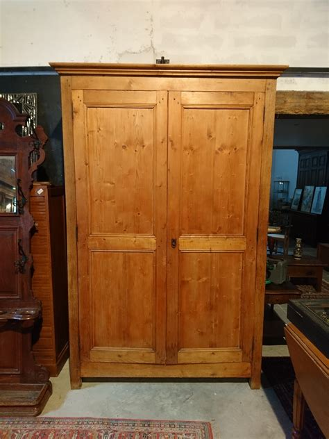 Armoire Sapin by Armoire Sapin Showroom Brocante