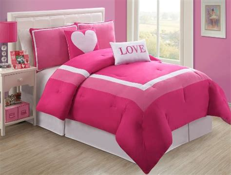 Classics Hotel Juvi Comforter Set by Pink Bedding