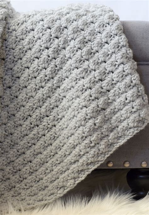 Easiest Way To Crochet A Blanket by Simple Crocheted Blanket Go To Pattern In A Stitch