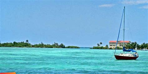 catamaran sailing belize belize sailing charter boats and boating