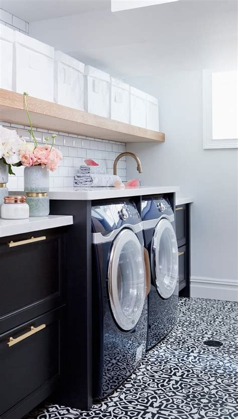 white laundry room beautiful concealed laundry and 28 25 b 228 sta pink laundry rooms id 233 erna p 229 pinterest