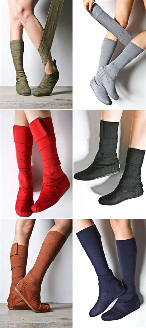 toms wrap boots designvagabond wrap boot by toms shoes