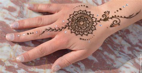 finger tattoo after years prix d un tatouage au henn 233 tatouage