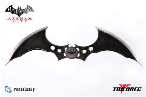 Batman Begins by Batman Arkham City Batarang Full Scale Replica