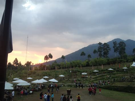Lu Downlight Di Bandung dusun bambu fikri rasyid s