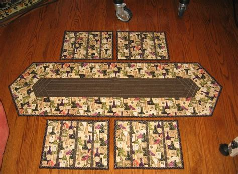 you to see table runner and placemats on craftsy