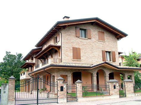 tettoie balconi coperture terrazzi realizzazione e produzione di copri