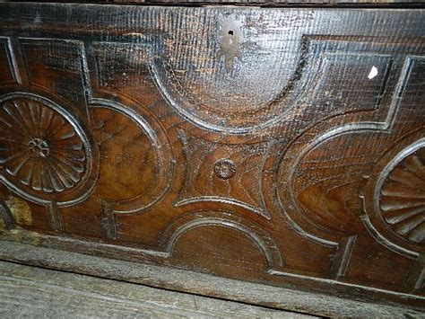 taburete del siglo xviii antiguedad arca siglo xviii