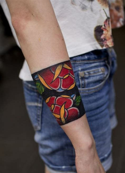whole wrist tattoos 25 best ideas about wrist band on ink