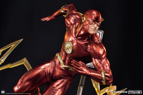 flash for dc comics the flash statue by sideshow collectibles