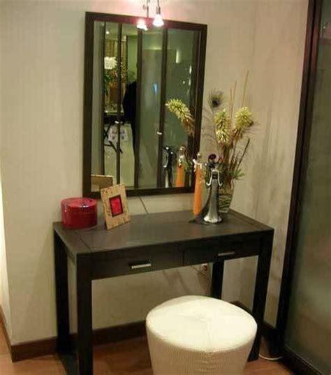 desain meja dj menata kamar tidur minimalis agar terasa lega menata