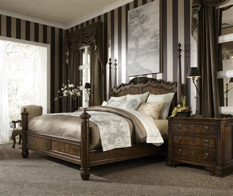 King traditional antique style four poster bed by fine furniture design wolf and gardiner wolf