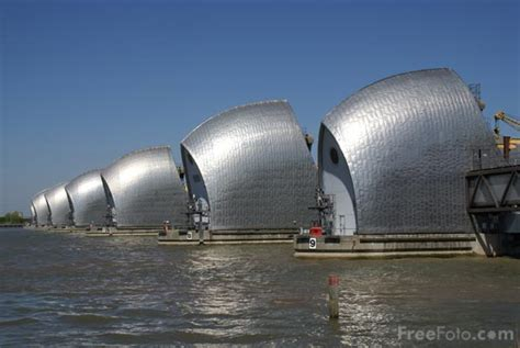 thames barrier hydraulics the thames barrier pictures free use image 9907 05 1 by