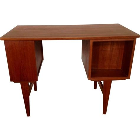 Small Teak Desk Mid Century Small Teak Desk For Sale At 1stdibs