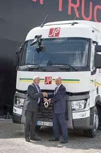 Renault Corporate Renault Trucks Corporate Les Communiqu 233 S