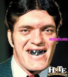 Foto di gente senza denti o con bruttissimi denti ihatemyteeth com