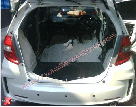 Honda Jazz Peredam Suara Panas Lantai Mobil peredam plafon jazz peredam suara mobil