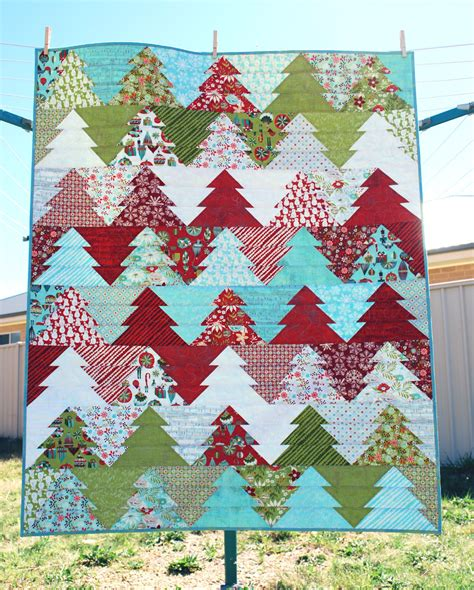 pattern for christmas tree quilt zigzag christmas tree quilt pattern pdf wander
